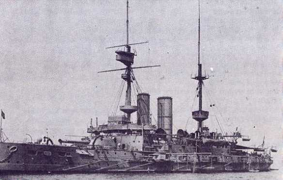 HMS_Irresistible_(1898)_in_1908
